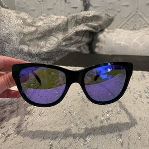 Oakley Womens Hold Out Sunglasses